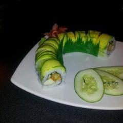 Photo taken at Ikebana Sushi Bar - Escorial by Val_ . on 8/29/2012