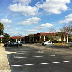 Photo taken at Maingate Lakeside Resort by Ana P. on 2/16/2012