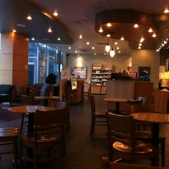 Photo taken at Starbucks by Jaho L. on 6/24/2012