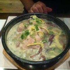 Photo taken at Gam Mee Ok TANG by Heejin K. on 10/11/2011
