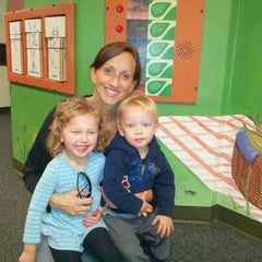 Photo taken at Charlotte Nature Museum by Tom D. on 12/10/2011