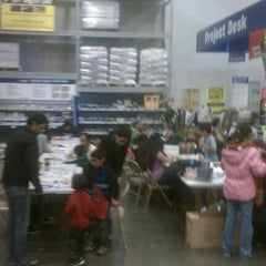 Photo taken at Lowe's Home Improvement by Hugh T. on 12/17/2011