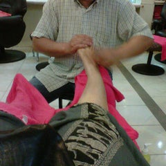 Photo taken at Suporn Foot Massage by Maiko M. on 11/27/2011