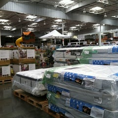 Photo taken at Costco by Schnurzie's O. on 6/12/2012