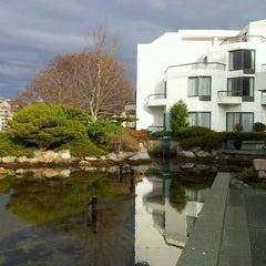 Photo taken at Inn at Laurel Point by glenn l. on 12/17/2011