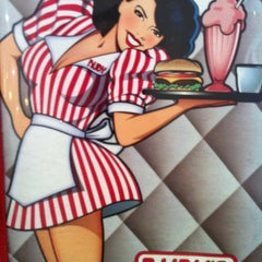 Photo taken at Ruby's Diner by Yesenia F. on 4/1/2011