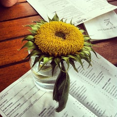 Photo taken at The Plant Cafe Organic by justine . on 5/24/2012