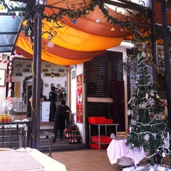 Photo taken at Louisiana Seafood Steak & Cafe by Pei fen H. on 12/30/2011