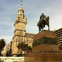 Photo taken at Plaza Independencia by Alessandro L. on 8/22/2012