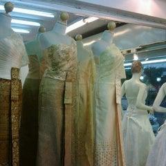 Photo taken at ร้านคุณน้อง Wedding & Studio มหาชัย สมุทรสาคร by iSapphawat on 11/19/2011