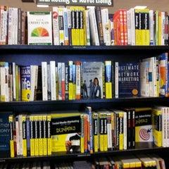 Photo taken at Barnes & Noble by Dwayne K. on 5/12/2012