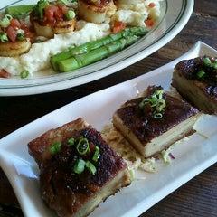 Photo taken at Liberty Kitchen & Oyster Bar by shadi f. on 6/28/2012