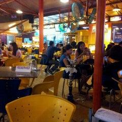 Photo taken at Restoran Singgah Selalu by Pipi T. on 3/9/2012