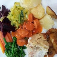 Photo taken at Restaurante Q.Luxo by Letícia K. on 8/23/2012
