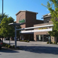 Photo taken at Publix by Anish on 4/16/2012