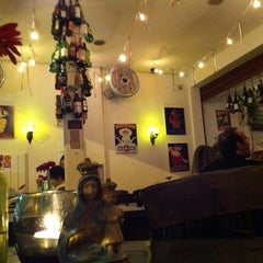 Photo taken at Ciao! Vino & Birra by FlaDoBrasil on 3/24/2012