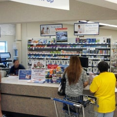 Photo taken at Walgreens by Raphael M. on 11/9/2012