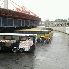Photo taken at Terminal de ómnibus de Córdoba by Noralí S. on 10/22/2012
