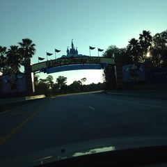 Photo taken at Flamingo Crossings by Alejandro R. on 11/28/2013