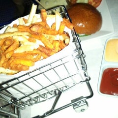 Photo taken at Delux Burger by N L. on 9/20/2012