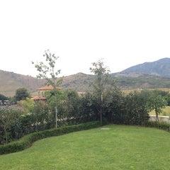 Photo taken at Club Hipico Santa Sofia by Josue R. on 11/4/2012