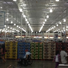 Photo taken at Costco by Ludgard J. on 2/6/2013