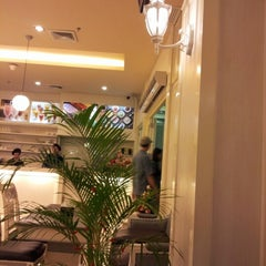 Photo taken at Hermes Place Polonia by Sabri on 3/5/2013