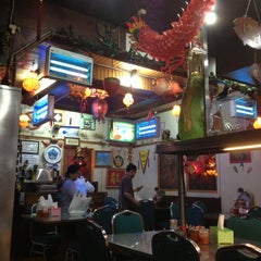 Photo taken at Mandala Chinese Restaurant by Liliana T. on 3/23/2013