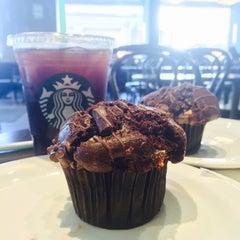 Photo taken at Starbucks by Emiliano Z. on 8/3/2015