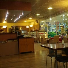 Photo taken at Chocolate Station by Bülent C. on 4/21/2013