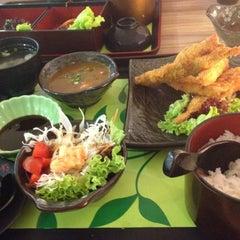 Photo taken at Sakae Sushi by C.h. on 6/22/2013