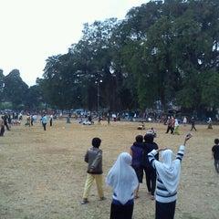 Photo taken at Alun - Alun Banjarnegara by Bin T. on 9/22/2012