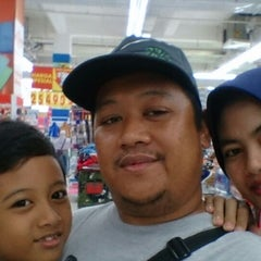 Photo taken at Carrefour by Teguh R. on 8/30/2014
