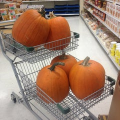 Photo taken at Your Independent Grocer by Mark K. on 9/27/2013