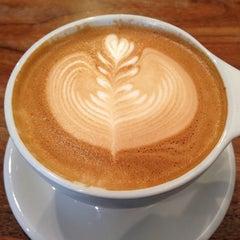 Photo taken at Intelligentsia Coffee by Crissy L. on 4/20/2013