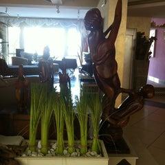 Foto scattata a Hotel Thea da Ирина il 9/16/2013