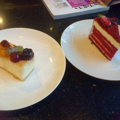 Photo taken at The Harvest Patissier & Chocolatier by Fitri R. on 1/20/2013