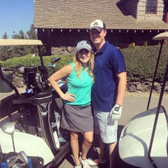 Photo taken at Indian Canyon Golf Course by Taryn on 9/12/2015