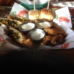 Photo taken at Chili's Grill & Bar by Barney on 5/15/2014