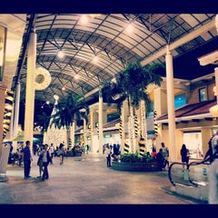 Photo taken at Alabang Town Center by @enjayneer on 11/13/2012