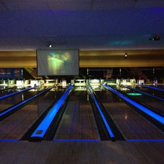 Photo taken at AMF 34th Avenue Lanes by Tenzinn D. on 5/19/2013