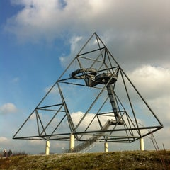 Photo taken at Tetraeder (Halde Beckstraße) by Maik K. on 2/17/2013