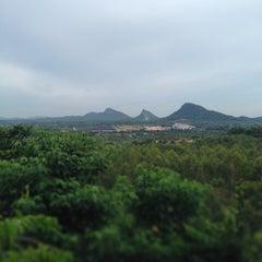 Photo taken at วัดเขาบำเพ็ญบุญ by M1ster on 9/13/2014
