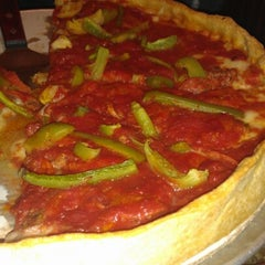 Photo taken at Lefty's Chicago Pizzeria by Corey M. on 9/27/2012