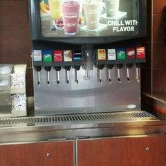 Photo taken at McDonald's by Jello 🚲 on 8/18/2013