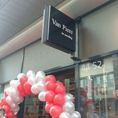 Photo taken at Boekhandel Van Piere by Bea T. on 3/8/2014