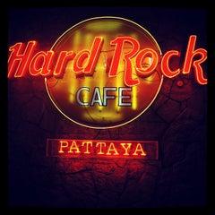 Photo taken at Hard Rock Cafe Pattaya by Михаил on 1/29/2013