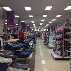 Photo taken at Sears by Jhanelly🎀💝👛💄 t. on 10/18/2014