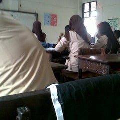 Photo taken at SMA Negeri 16 Makassar by Budi S. on 9/29/2012