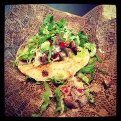 Photo taken at Chipotle Mexican Grill by Henry P. on 12/26/2012